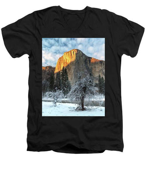 Winter Sunset Men's V-Neck T-Shirt