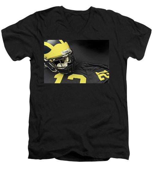 Wolverine Helmet With Jersey Men's V-Neck T-Shirt