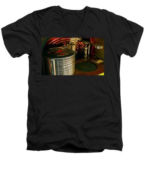 Wurlitzer Music Men's V-Neck T-Shirt