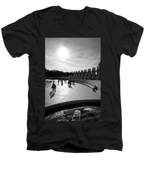 Men's V-Neck T-Shirt featuring the photograph Wwii Memorial by David Sutton