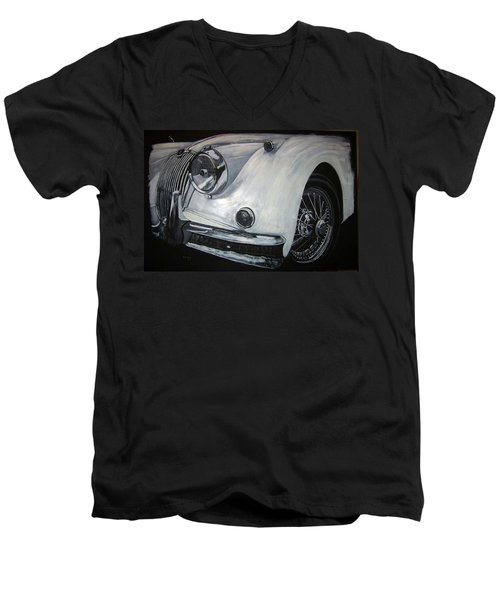 Xk150 Jaguar Men's V-Neck T-Shirt