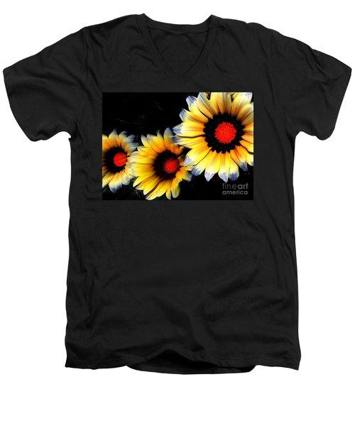 Yard Flowers Men's V-Neck T-Shirt