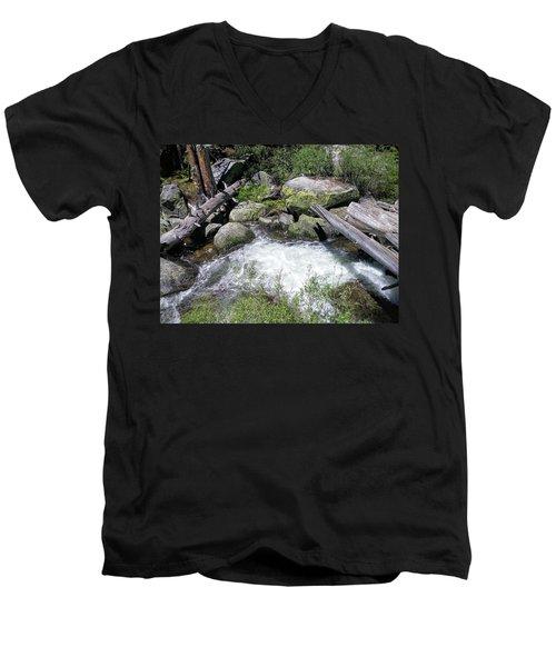 Yosemite 2 Men's V-Neck T-Shirt
