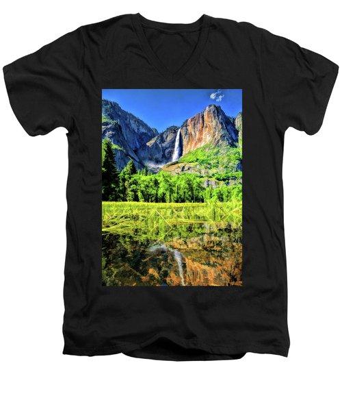 Yosemite National Park Bridalveil Fall Men's V-Neck T-Shirt