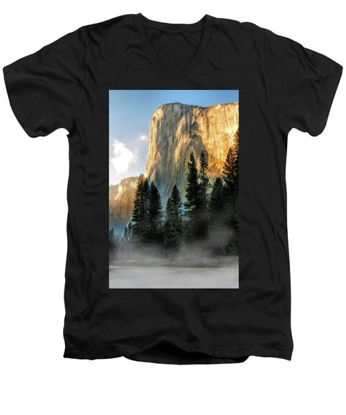 Yosemite National Park El Capitan Men's V-Neck T-Shirt