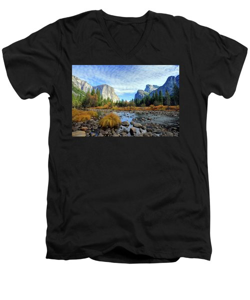Yosemite Valley View Men's V-Neck T-Shirt