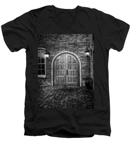 Alehaus Bw Men's V-Neck T-Shirt