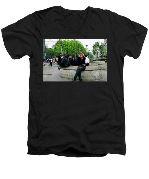 Beijing Street Men's V-Neck T-Shirt
