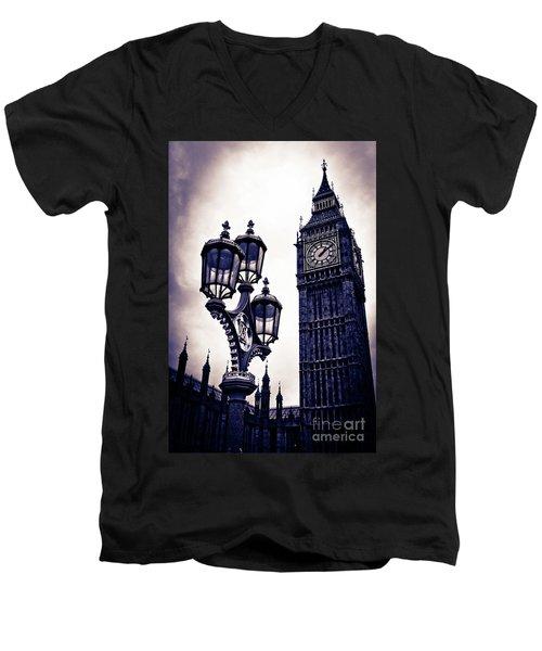 Big Ben Men's V-Neck T-Shirt