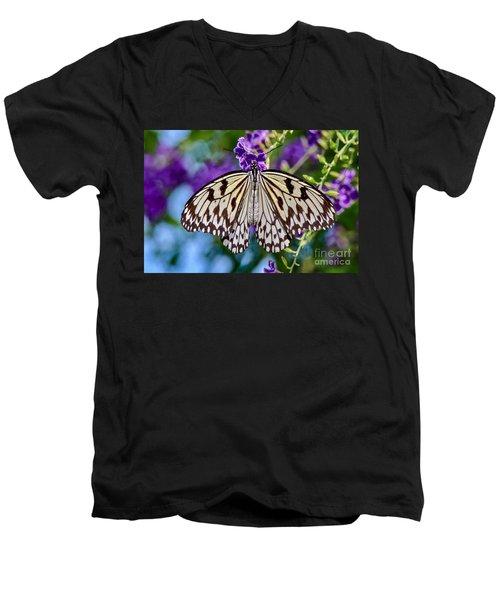 Black And White Paper Kite Butterfly Men's V-Neck T-Shirt