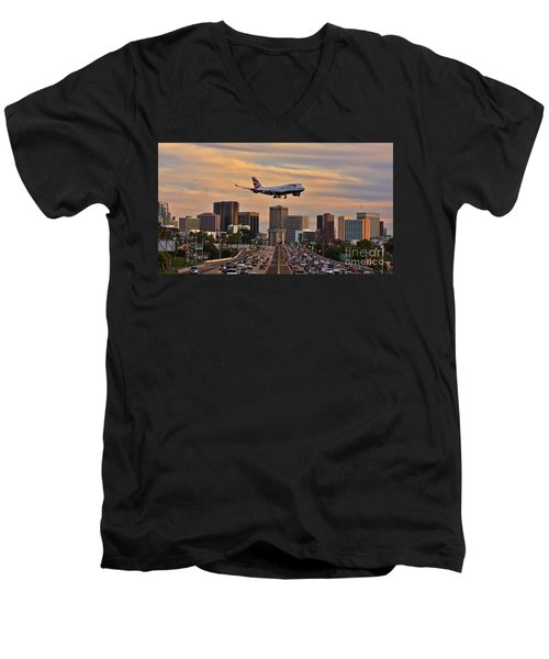 Boeing 747 Landing In San Diego Men's V-Neck T-Shirt