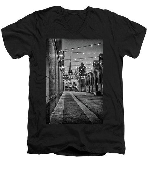 Bw City Lights Men's V-Neck T-Shirt