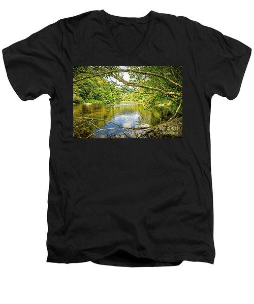 Canal Pool Men's V-Neck T-Shirt