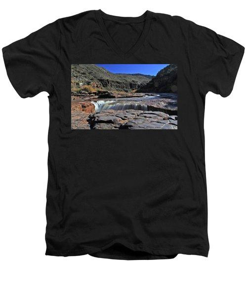 Carving The Gorge Men's V-Neck T-Shirt