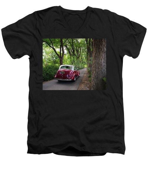 Cottonwood Classic Men's V-Neck T-Shirt