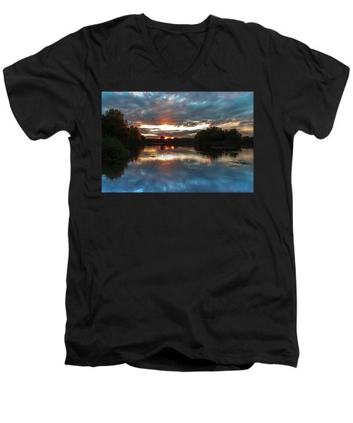 Dusk Aquarelle Men's V-Neck T-Shirt