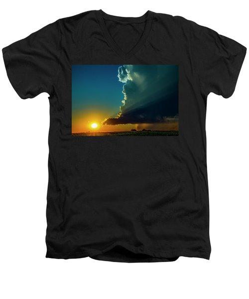 Dying Nebraska Thunderstorms At Sunset 068 Men's V-Neck T-Shirt