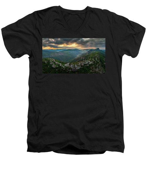 Epic Linville The Chimneys Men's V-Neck T-Shirt