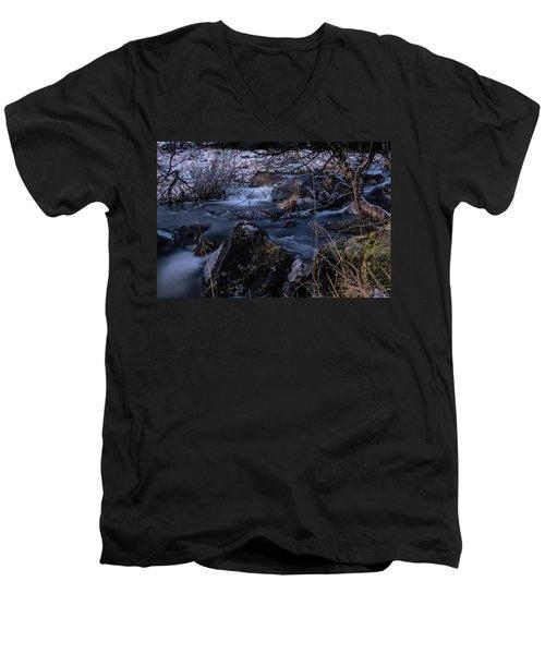 Frozen River II Men's V-Neck T-Shirt