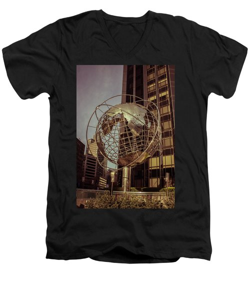 Globe 2 Men's V-Neck T-Shirt
