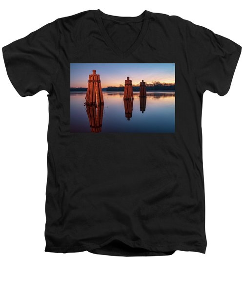 Group Of Three Docking Piles On Connecticut River Men's V-Neck T-Shirt