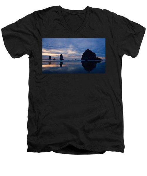 Haystack Rock At Dusk Men's V-Neck T-Shirt