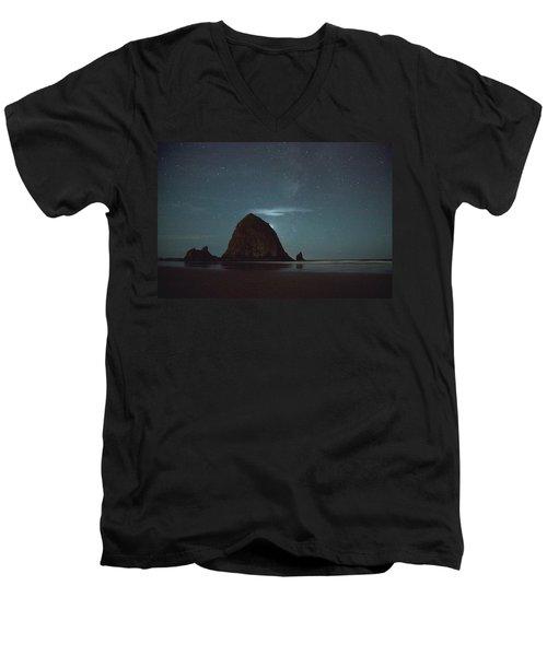 Haystack Under The Stars Men's V-Neck T-Shirt