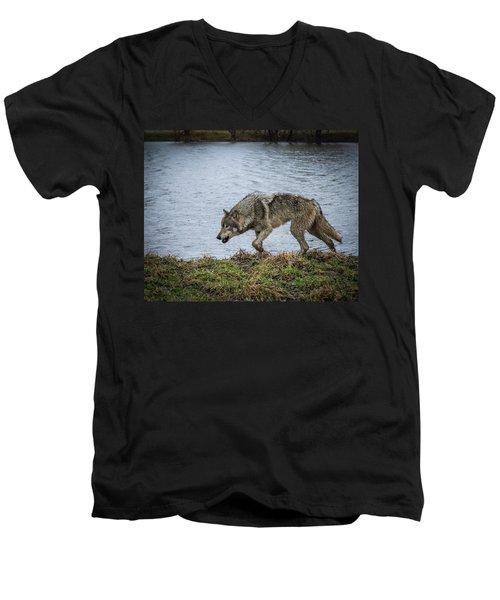Hunting Men's V-Neck T-Shirt