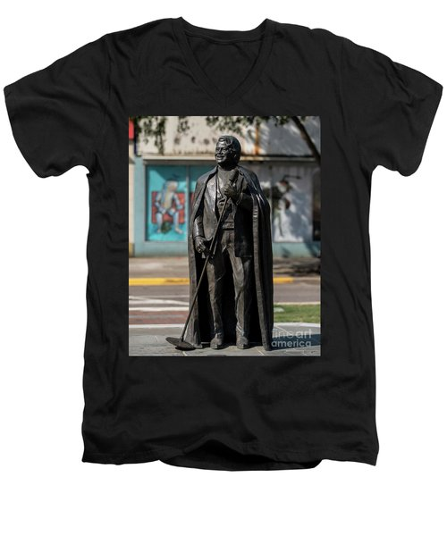 James Brown Statue - Augusta Ga 2 Men's V-Neck T-Shirt