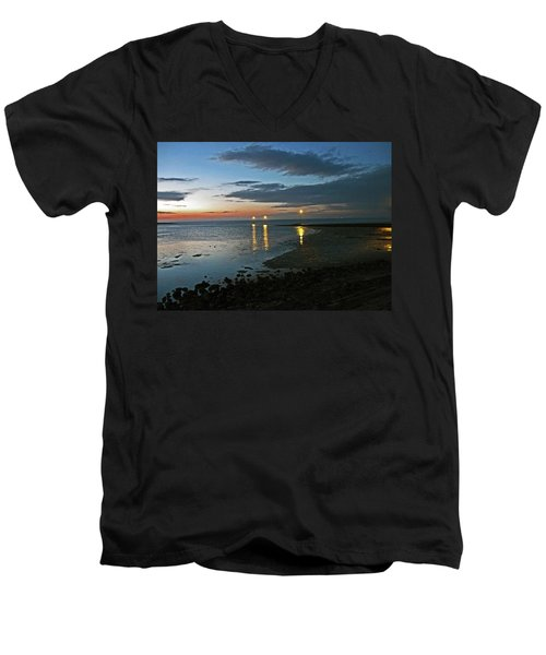 Lancashire. Knott End. Sunset.. Men's V-Neck T-Shirt