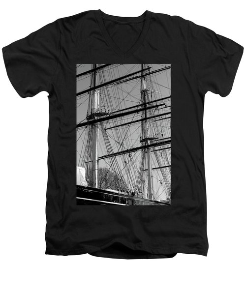 Masts And Rigging Of The Cutty Sark Men's V-Neck T-Shirt
