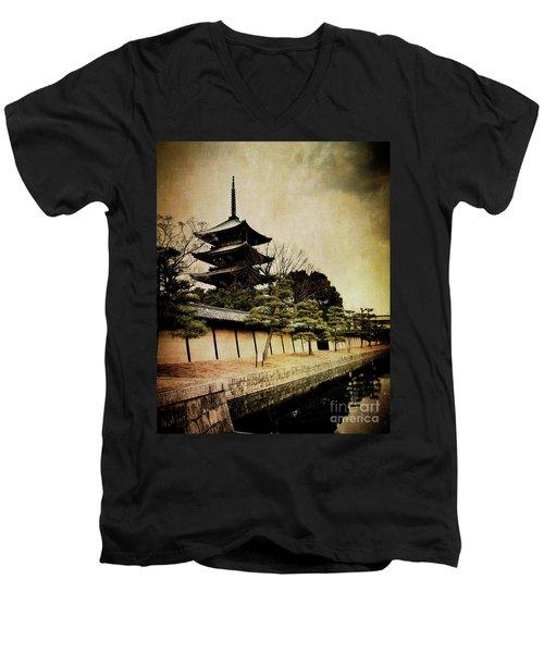 Memories Of Japan 4 Men's V-Neck T-Shirt