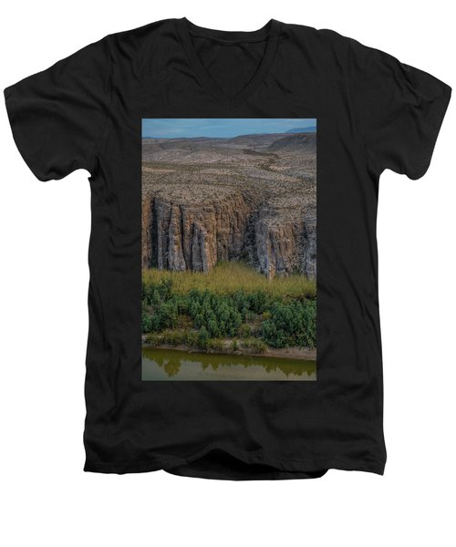 Mexican Box Canyon Men's V-Neck T-Shirt
