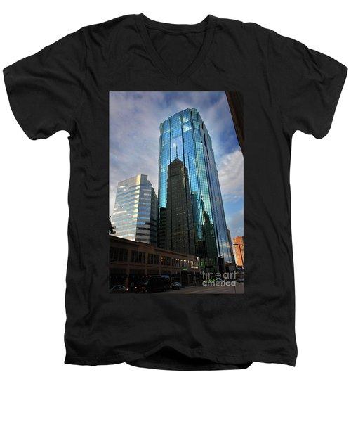 Minneapolis Skyline Photography Foshay Tower Men's V-Neck T-Shirt