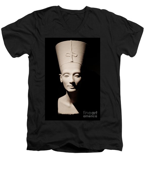 Nefertiti Men's V-Neck T-Shirt