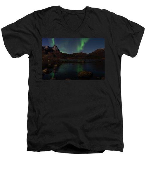 Norlys Men's V-Neck T-Shirt