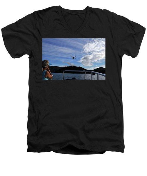 Observer Men's V-Neck T-Shirt