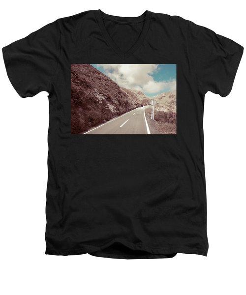 Paekakariki Hill Road Men's V-Neck T-Shirt