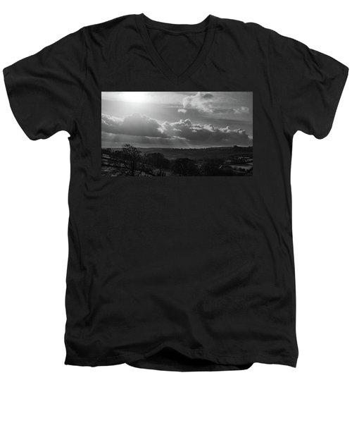 Peak District From Black Rocks In Monochrome Men's V-Neck T-Shirt