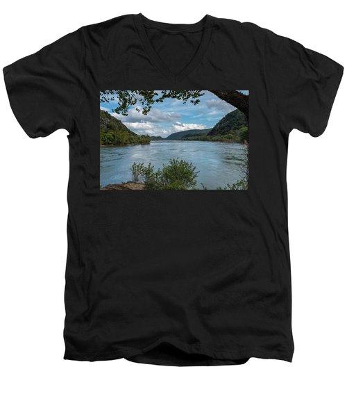 Potomac River At Harper's Ferry Men's V-Neck T-Shirt