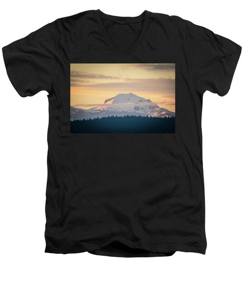 Rocky Cathedrals That Reach To The Sky Men's V-Neck T-Shirt
