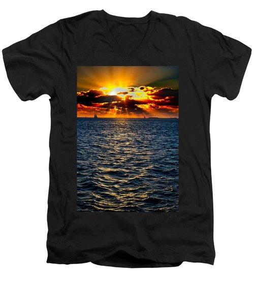 Sailboat Sunburst Men's V-Neck T-Shirt