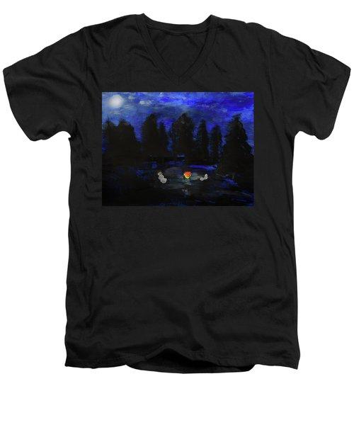 Snowmen Enjoy The Campfire  Men's V-Neck T-Shirt