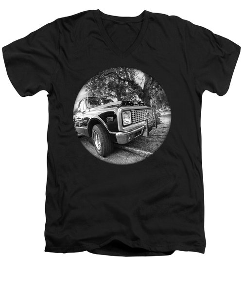 Time Portal - '71 Chevy Men's V-Neck T-Shirt