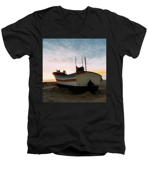 Traditional Wooden Fishing Boat Men's V-Neck T-Shirt