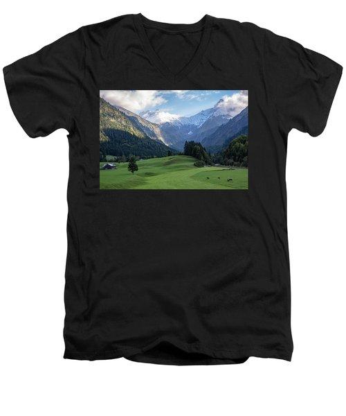 Trettachtal, Allgaeu Men's V-Neck T-Shirt