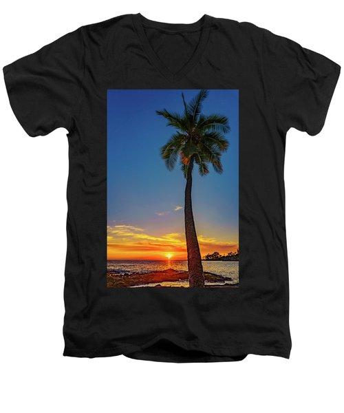 Tuesday 13th Sunset Men's V-Neck T-Shirt