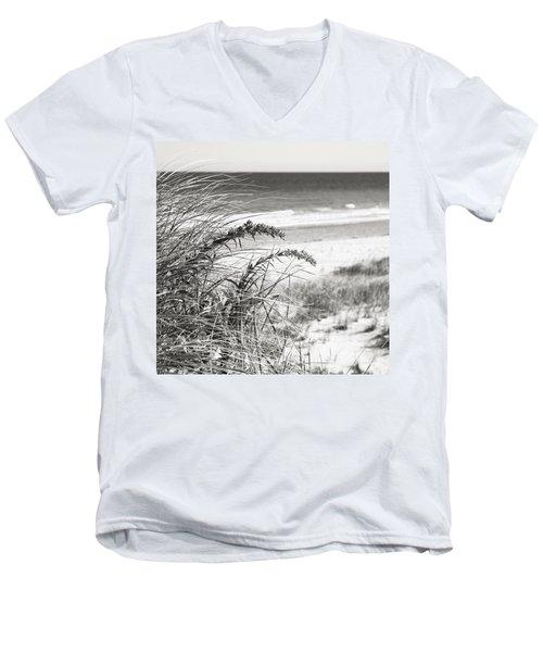 Bw15 Men's V-Neck T-Shirt