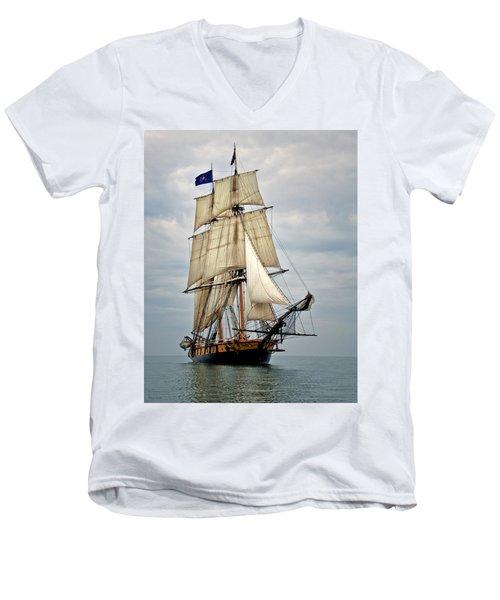 Flagship Niagara Men's V-Neck T-Shirt