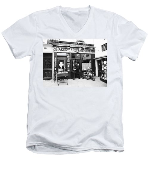 Shakespeare And Company Bookstore In Paris France Men's V-Neck T-Shirt